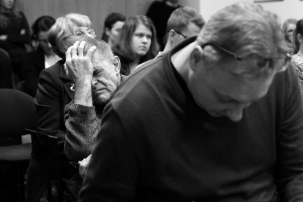 Posluchač diskuse bilancuje, foto: Ondřej Lipár